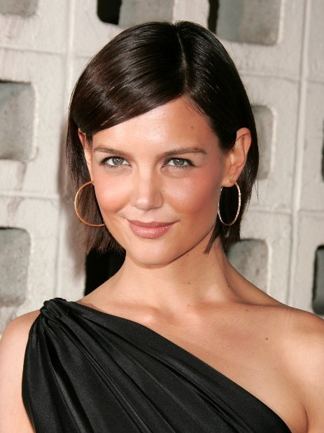 Picture of Katie Holmes Inverted Bob Hairstyle with Bangs