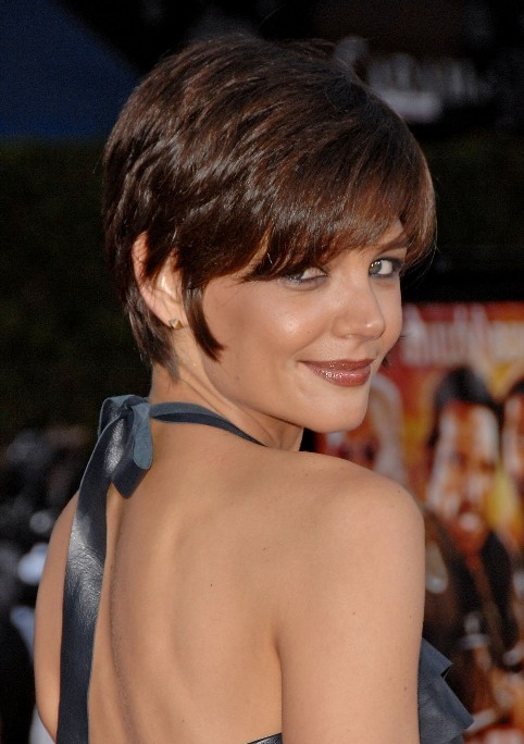 Katie Holmes Short Pixie Hairstyle With Bangs Hairstyles