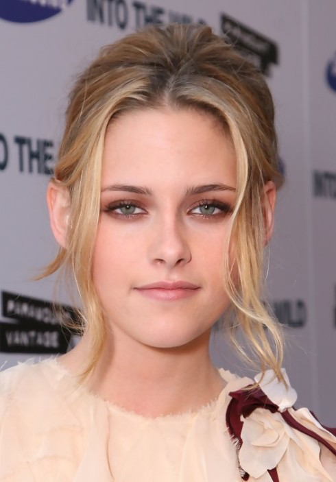 Kristen Stewart Blonde Pinned Up Ringlets