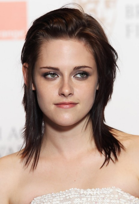 Kristen Stewart Messy Layered Shoulder Length Hairstyle