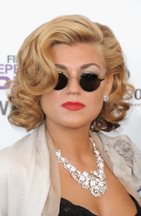 Melody Gardot Big Curls Sexy Blonde Curly Bob Hairstyle