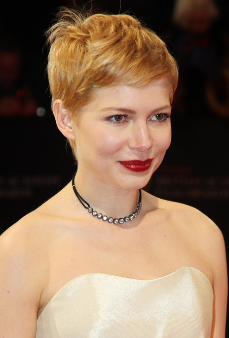 Michelle Williams Pixie With Cowlick Hairstyles Weekly