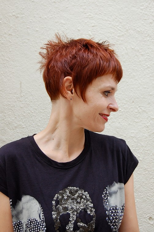 Short Chic Red Haircut with Short Stylish Straight Bangs ...