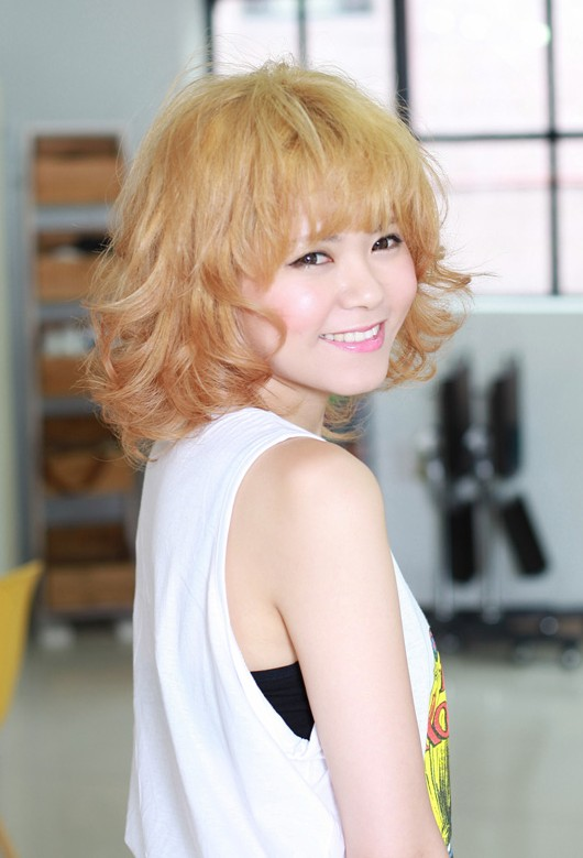 Curly Hair Styles With A Fringe : Blonde rock chick hairstyle! hairstyles weekly