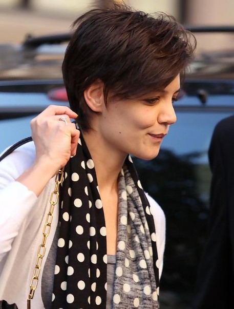 Side View of Katie Holmes Short Pixie Hairstyle