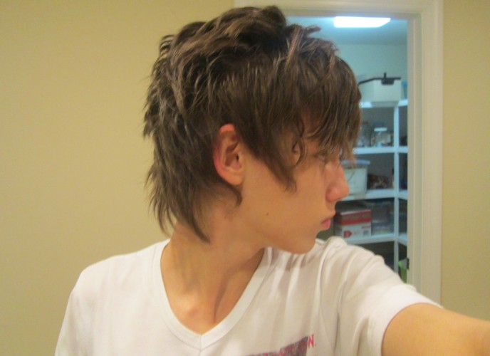 Stylish Layered Hairstyle For Guys Hairstyles Weekly