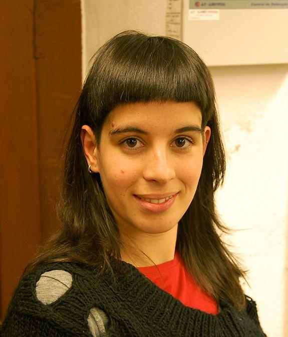 Stupendous Dramatic Long And Short Haircut With Bangs Hairstyles Weekly Short Hairstyles Gunalazisus