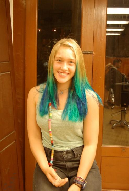 Groovy Futuristic Blue Green Blend On Blonde Stunning Colour Short Hairstyles Gunalazisus
