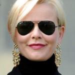 Valentina Mezzaroma Short Side Part Blonde Hairstyle