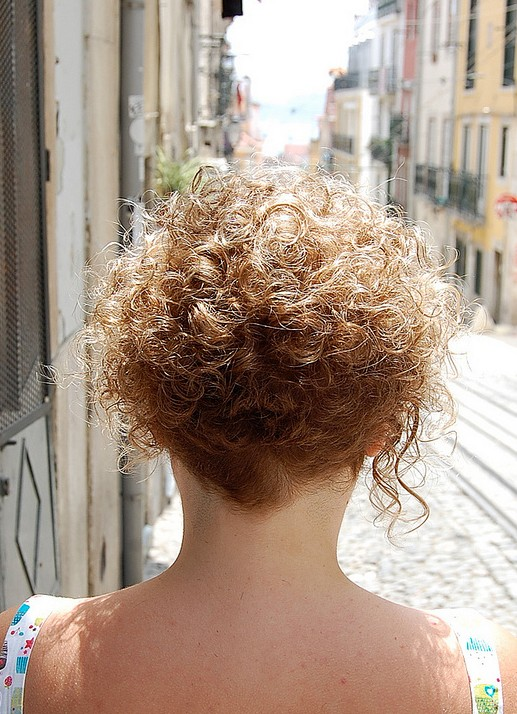 back view of short curly hairstyle short curly bob hairstyles