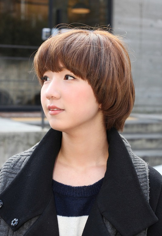 Cute Short Pageboy Cut Pert Amp Pretty Mushroom Bob Haircut