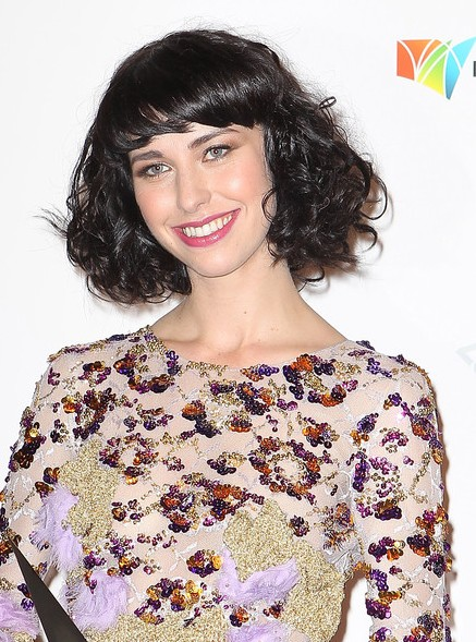 Kimbra Hairstyles Short Black Curly Hairstyle With Bangs