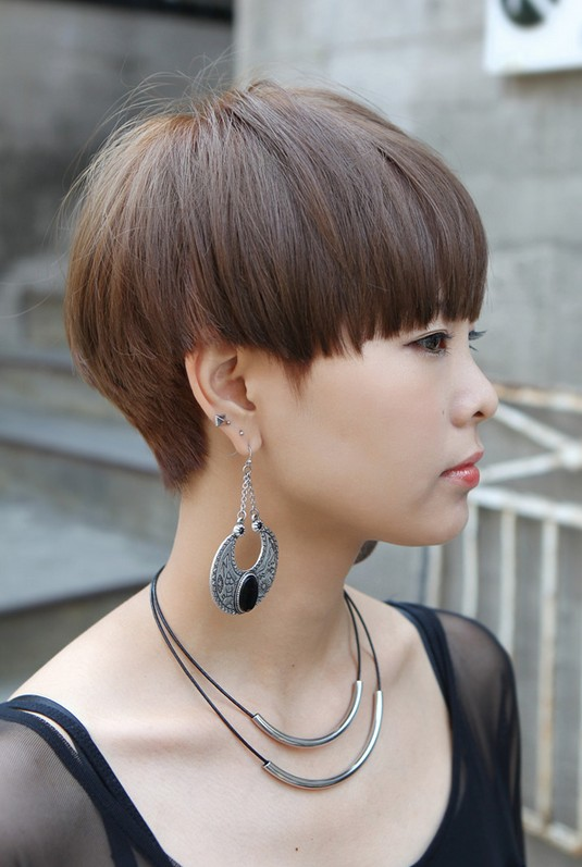 Modern Short Japanese Haircut With Bangs