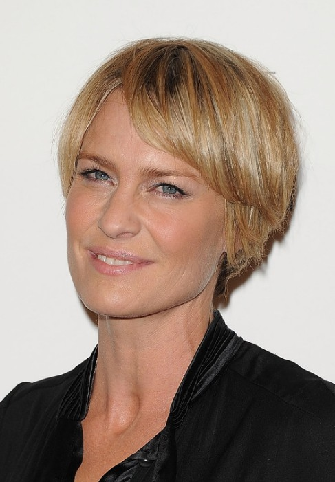 Robin Wright Penn Layered Short Choppy Razor Cut