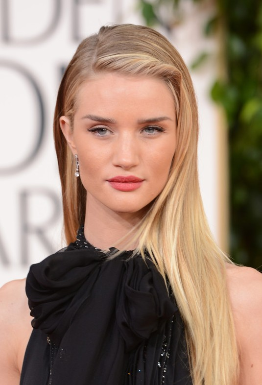 Rosie Huntington-Whiteley Deep Side Parted Long Blonde Hairstyle 2013