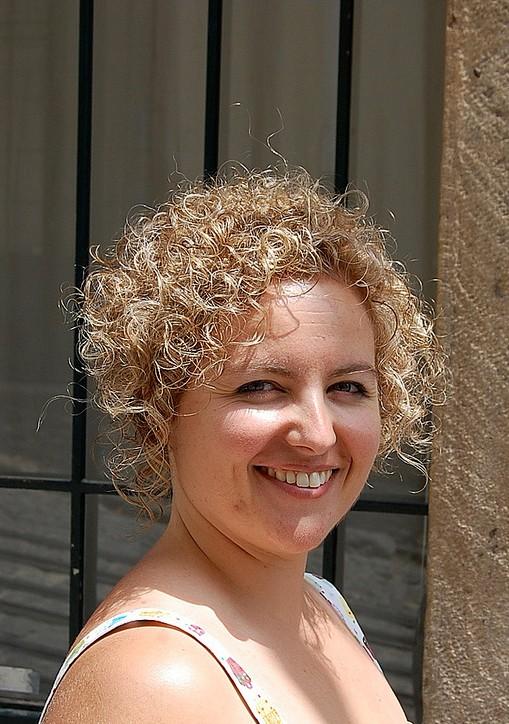 Remarkable Short Amp Curly Hairstyle For Women Very Girly Sun Kissed Bob Short Hairstyles For Black Women Fulllsitofus