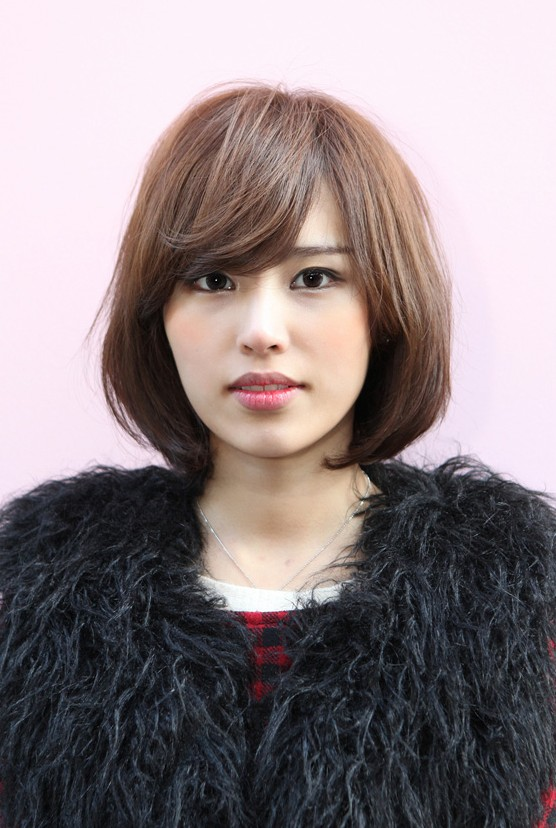 Messy Medium Bob with Long, Sexy Fringe - Simple Easy Daily Asian Bob Cut - Hairstyles Weekly