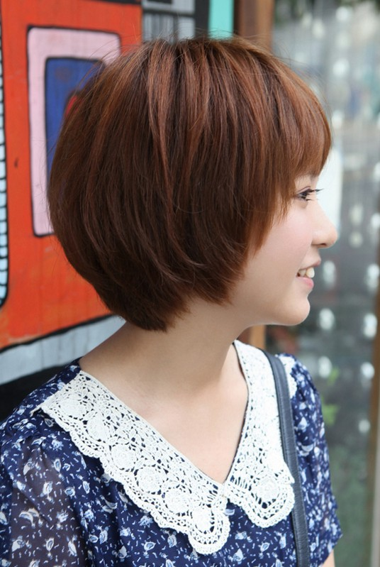 Cute Kpop Hairstyle : Side view of cute short korean bob hairstyle sweet