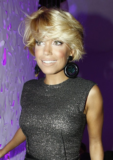 Sylvie van der Vaart Cute Messy Hairstyle for Thick Hair