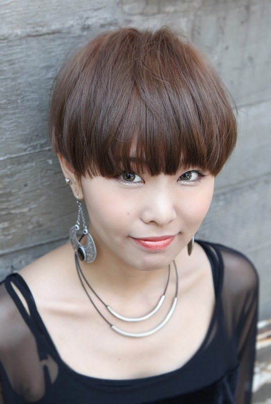 Short Wedge Haircuts for Women 2013