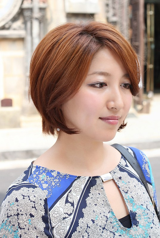 Trendy short bob hairstyle for women 2013