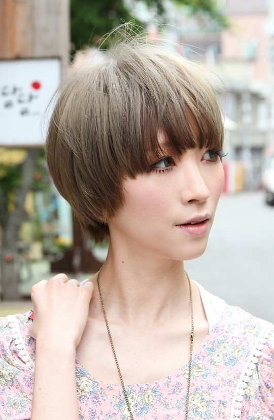 Admirable Beautiful Bowl Cut With Retro Fringe Short Japanese Hairstyle Short Hairstyles For Black Women Fulllsitofus