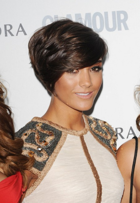 Frankie Sandford Short Deep Side Parted Hairstyle with Bangs