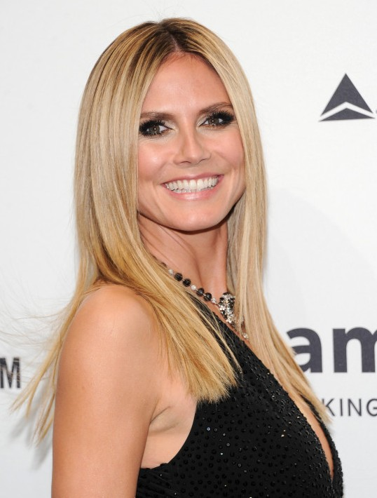 Long sleek center parted hairstyle youll absolutely love heidi klum long sleek center parted hairstyle urmus Images