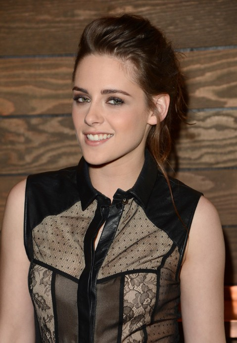 Kristen Stewart Messy Ponytail For Summer Hairstyles Weekly