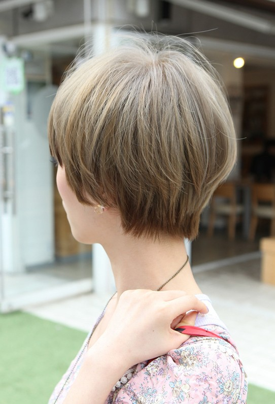 ... Retro Fringe - Short Japanese Hairstyle for Girls - Hairstyles Weekly
