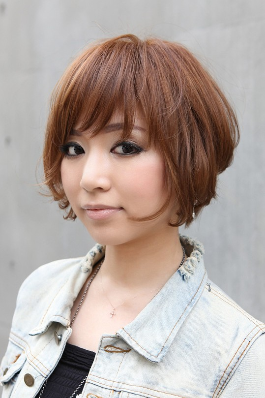 Trendy Short Copper Haircut from Japan – Stacked Short Angled Bob