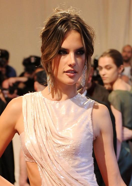 Alessandra Ambrosio Messy Hairstyles