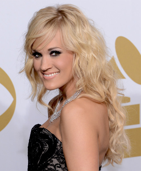 Glamorous Blonde Waves With Fringe Carrie Underwood Haircut