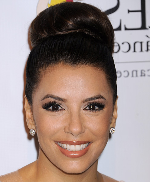 Classic & Cool Bun on Top - Eva Longoria Updos - Hairstyles Weekly