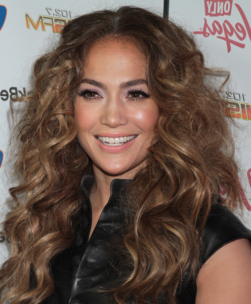 Jennifer Lopez long curly hairstyle
