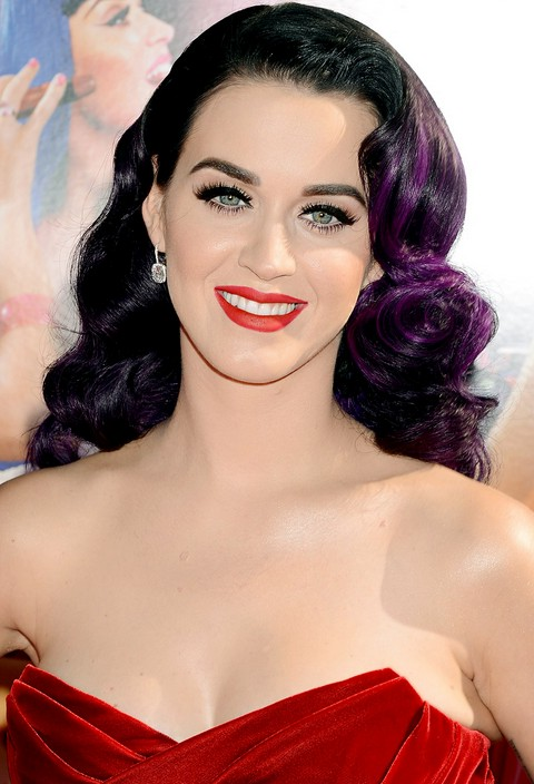 Katy Perry long black curly hairstyle with purple