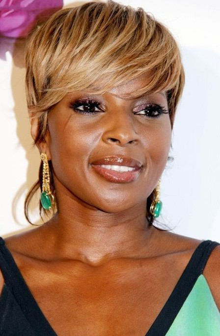 Full Golden Fringe Short Urban Chic Haircut For Afro American Mary J Blige Hairstyle Hairstyles Weekly