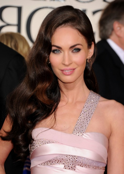 Irresistible Wavy Evening Glamour Long Wavy Hairstyle