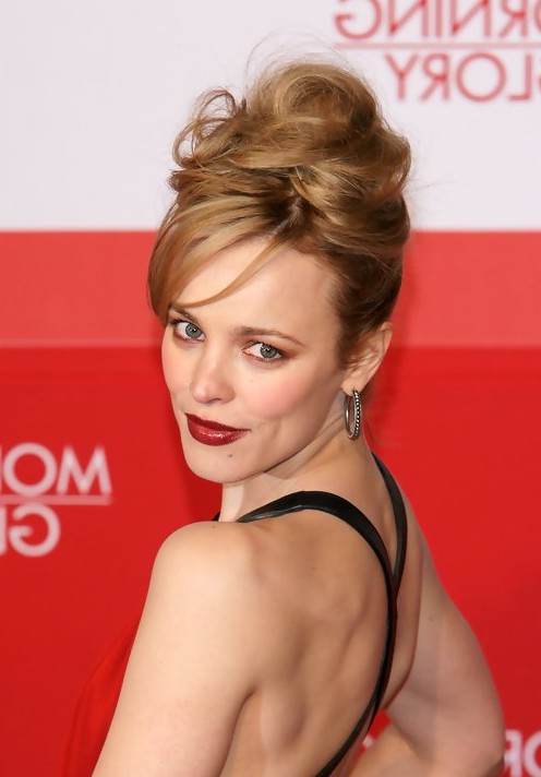 Rachel McAdams updos - best chingon updo for Evening