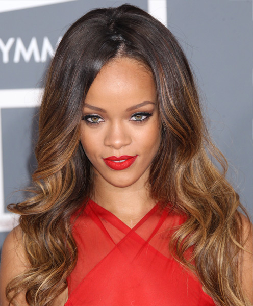 Rihanna S Long Hairstyle Sexy Ombre Wavy Hairstyle For
