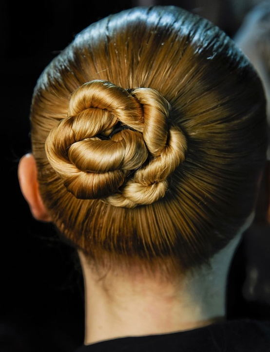 Popular Buns Always Carry A Very Elegant And Classy Look And Give A Fine Polished Look To Any Outfit I Love Messy Bun, Which Defines Me The Best, But Today, I Thought To Do Something Different And New On Me Though My Hair Is Long, It Is Quite