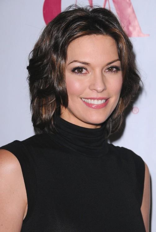 Medium length hairstyles Alana De La Garza hairstyles