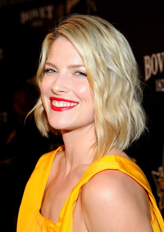 Beachy bob hairstyle for women - Ali Larter hairstyles