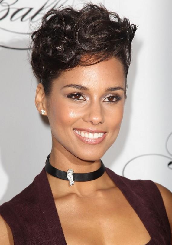 Sassy Short Swirls Alicia Keys Short Hairstyle Simple Short Curly Hairstyle Hairstyles Weekly