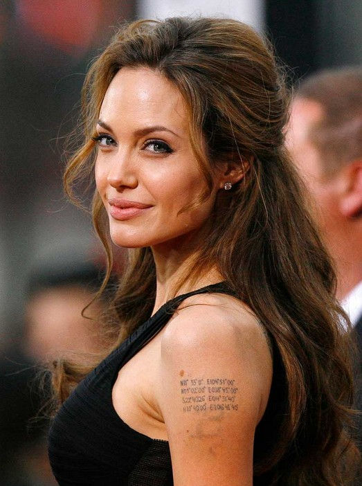 Angelina Jolie\'s Daily Hairstyle: Long Casual with Top Layer Pinned ...
