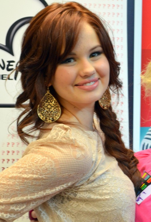 Braided hairstyle for girls - Debby Ryan' hairstyles