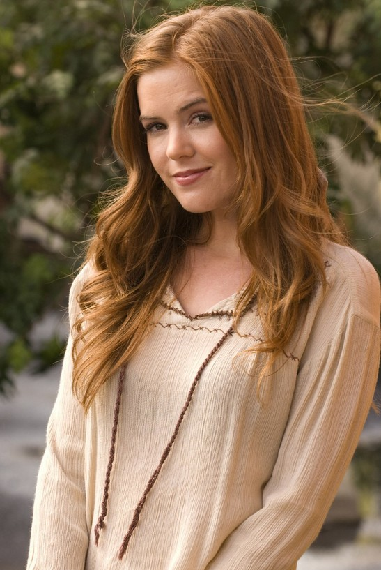 Cute long brown hair style for female - Isla Fisher hairstyles