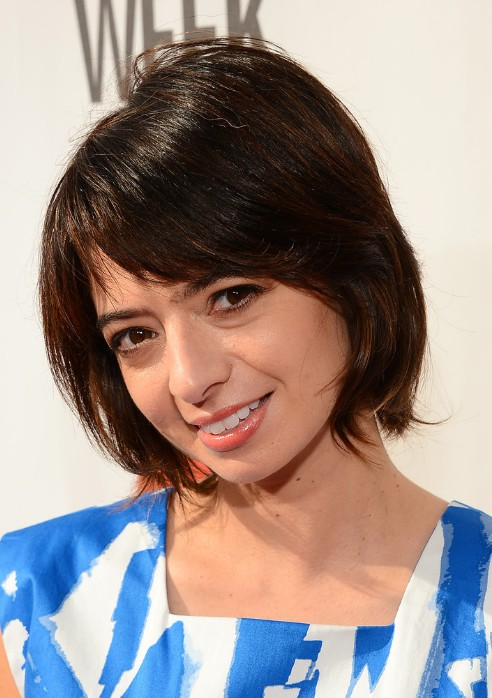 Cute short bob haircut with layers - Kate Micucci short hairstyles