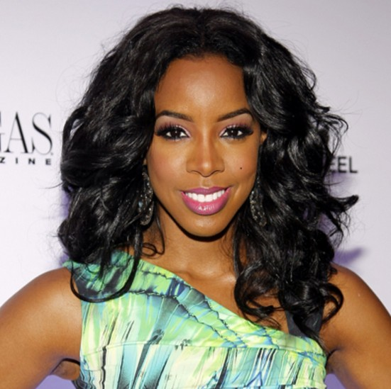Wavy Black Medium Hairstyle Med Long Waves With Side Volume Kelly Rowland S Hairstyle Hairstyles Weekly