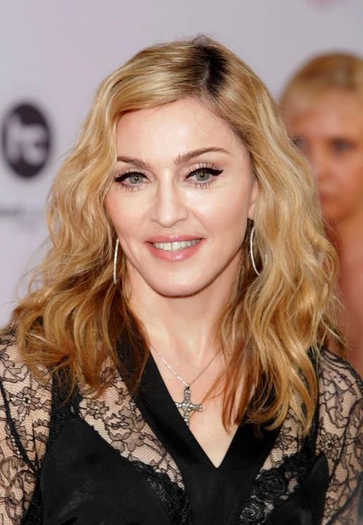 Best medium length hairstyle for women over 50 - Madonna hairstyle